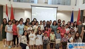 Đại sứ quán VN tại Hà Lan tổ chức gặp mặt thiếu niên, nhi đồng nhân ngày 1/6