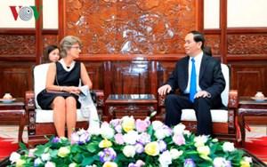 Đại sứ Tây Ban Nha, Yemen trình Quốc thư