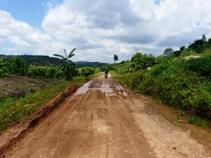 Đắk Nông: Huyện không trả tiền, nhà thầu phá sản