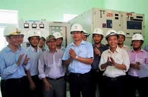Dân đảo Cù Lao Chàm được dùng điện lưới quốc gia