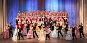 Dàn đồng ca dân gian Nga biểu diễn tại Hà Nội