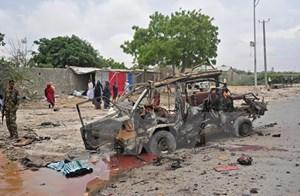 Đánh bom xe gần dinh Tổng thống Somalia gây nhiều thương vong