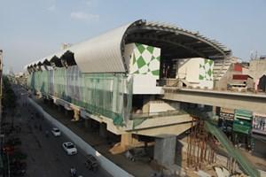 Đầu máy, toa xe đầu tiên của dự án đường sắt Cát Linh-Hà Đông sẽ đưa về ga La Khê