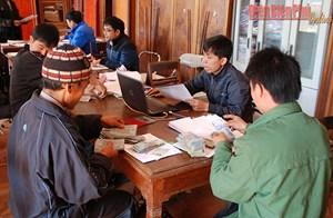 Để người nghèo tiếp cận vốn vay ngân hàng