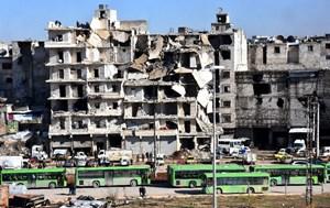 'Điểm nóng' Aleppo trong ngày thứ hai của chiến dịch sơ tán