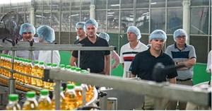Đoàn các doanh nghiệp xuất khẩu Canada đến thăm Tập đoàn Tân Hiệp Phát.