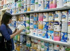 Đồng loạt áp dụng quy định bình ổn giá sữa cho trẻ dưới 6 tuổi