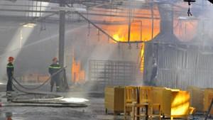 Đồng Nai: Cháy lớn ở xưởng gỗ, thiệt hại nhiều tỷ đồng