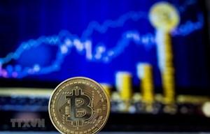 Đồng tiền điện tử Bitcoin bất ngờ phá ngưỡng 8.000 USD