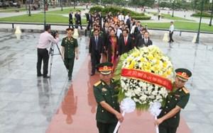 ĐSQ Việt Nam tại Campuchia tưởng niệm ngày Thương binh liệt sỹ