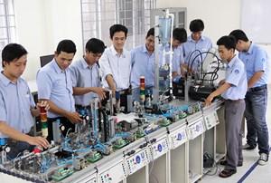 Thị trường lao động thiếu nhân lực có kỹ năng nghề