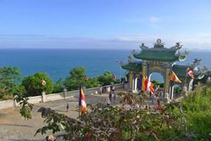 Du khách đến Đà Nẵng tăng đột biến