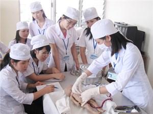 Đức cần 17.000 điều dưỡng viên: Cơ hội nào cho Việt Nam?