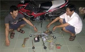 Dùng súng điện đi trộm chó, hai đối tượng bị bắt giữ