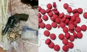 Dùng súng, ma túy ép 5 thiếu nữ Hà Nội 'bán mình' ở quán karaoke