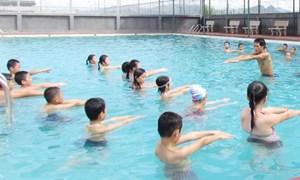 Đuối nước và dạy bơi cho trẻ