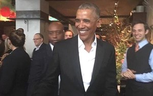 Đường phố New York 'náo loạn' vì sự xuất hiện của Ông Obama