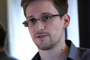 Edward Snowden sẵn sàng ngồi tù để được về Mỹ