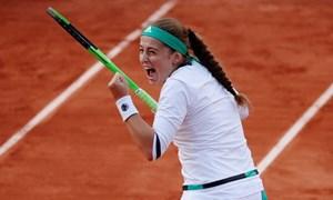 Jelena Ostapenko đi vào lịch sử với chức vô địch Roland Garros