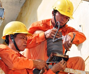 EVN được tăng giá điện đến 5%