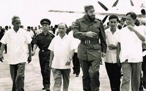 Fidel Castro luôn ở bên Việt Nam trong thời khắc quan trọng