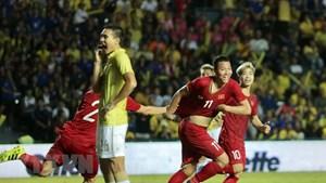 Fox Sports: Thái Lan sững sờ trước chiến thắng của tuyển Việt Nam