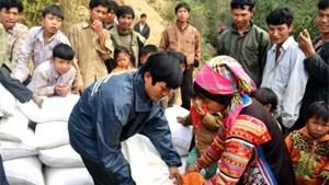 Gần 1 triệu người nghèo được hỗ trợ gạo ăn Tết