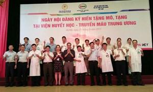 Gần 500 cán bộ Viện Huyết học Truyền máu TW đăng ký hiến tạng