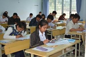 Gia Lai: Chấn chỉnh học và cấp chứng chỉ ngoại ngữ, tin học
