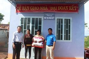 Gia Lai: Hoàn thiện 9 căn nhà Đại Đoàn Kết bàn giao cho hộ nghèo