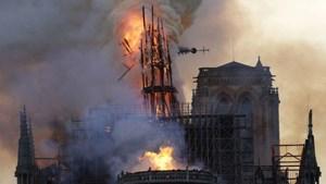 Giả thuyết mới về nguyên nhân ngọn lửa nhanh chóng phá hủy Nhà thờ Đức Bà Paris