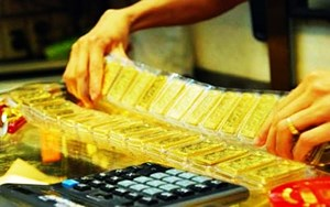 Giá vàng giảm dần phiên cuối tuần