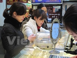 Giá vàng SIC và Bảo Tín Minh Châu cùng giảm 50.000 đồng mỗi lượng