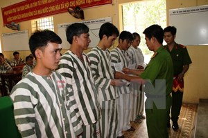 Giảm án tù cho gần 25.000 phạm nhân