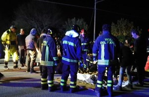 Giẫm đạp trong câu lạc bộ tại Italia, ít nhất 6 người chết, 120 người bị thương