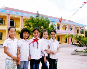 Giám sát việc thực hiện quyền trẻ em