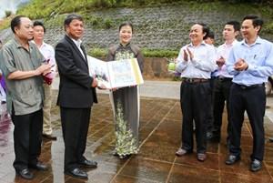 Gìn giữ mối quan hệ Việt - Lào như gìn giữ máu thịt