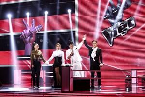 'Giọng ca phi giới tính' Tùng Anh được Thu Minh lựa chọn đi tiếp tại The Voice