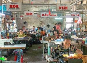 Hoài niệm về một xưởng may ở Đông Ba