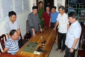 Hà Nam: Bắt đối tượngvận chuyển 10 bánh heroin