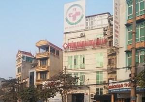 Hà Nội đình chỉ hoạt động một phòng khám có bác sỹ Trung Quốc