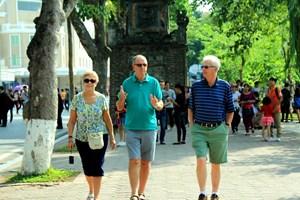 Hà Nội đón hơn 500 nghìn du khách dịp Tết