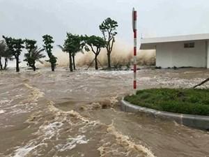Hà Nội hỗ trợ các tỉnh miền Trung hơn 7 tỷ đồng