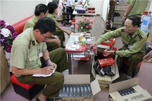 Hàng trăm hộp 'An cung Hàn Quốc' không rõ nguồn gốc