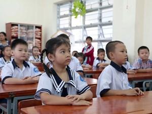 Hà Nội sẽ linh hoạt trong việc thu phí BHYT học sinh, sinh viên