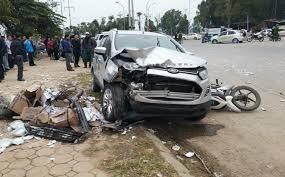 Hà Nội: Tài xế gây tai nạn liên hoàn ra công an trình diện