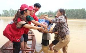 Hà Nội: Trên 58 tỷ đồng ủng hộ Quỹ vì người nghèo và đồng bào miền Trung