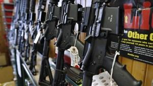 Hạ viện Mỹ thông qua dự luật siết chặt kiểm soát mua bán súng đạn