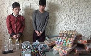 Hai đối tượng vận chuyển ma túy và pháo lậu bị bắt ngay trong đêm