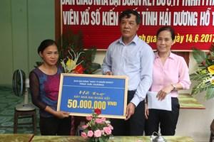 Hải Dương: Bàn giao nhà Đại đoàn kết cho 2 hộ nghèo